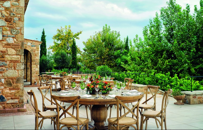 Zazoo Event Rentals: Private Dinner/French Provincial: New Exclusive Collection, Chateau στρογγυλό τραπέζι φαγητού και X-Back