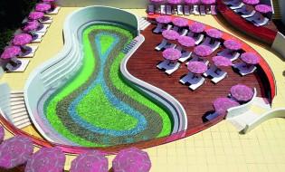 Semiramis: Πανοραµική άποψη της πισίνας