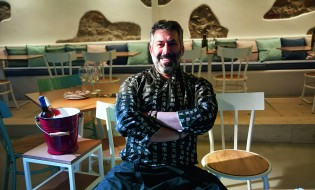 Οι περγαμηνές του chef-restaurateur Βασίλη Ακρίβου αποτελούν εγγύηση για μια εταιρεία catrering με exclusive χαρακτήρα