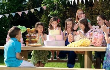 Θεµατικά παιδικά πάρτι γεµάτα χρώµα