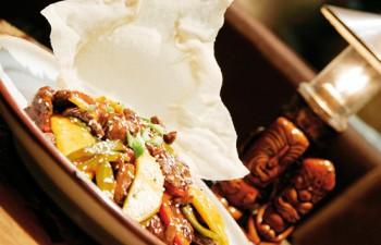 Ταξιδέψτε σε μέρη εξωτικά κι ονειρεμένα με τις gourmet γεύσεις του Κοna Κai που ξεχωρίζουν με την πρωτότυπη παρουσίασή τους