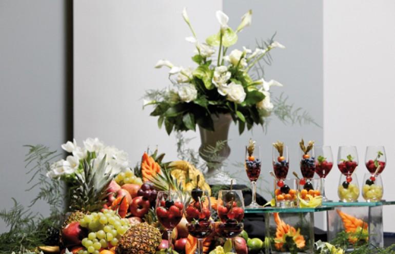 Μοναδική παρουσίαση από εξωτικά φρούτα